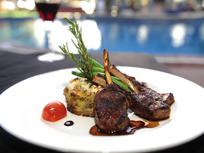 Barra on Todd Restaurant_Bar 2